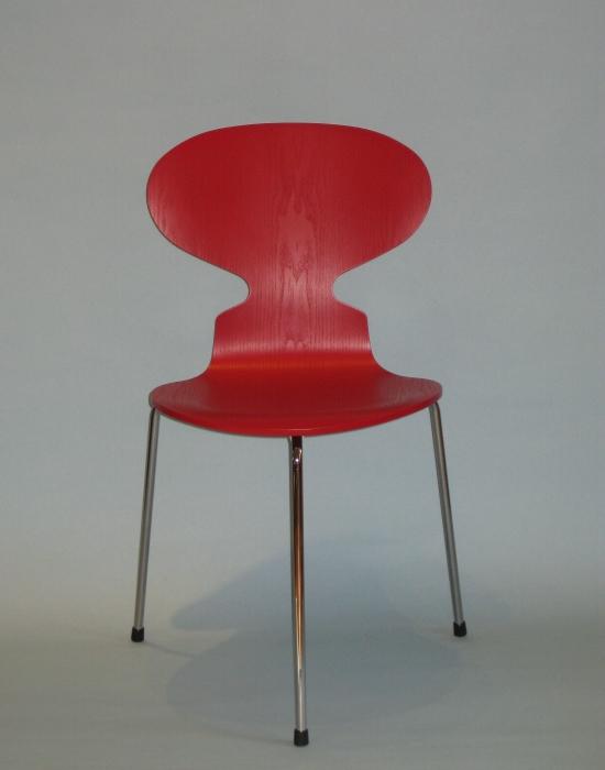 wohndesign77 arne jacobsen 3100 ameise. Black Bedroom Furniture Sets. Home Design Ideas