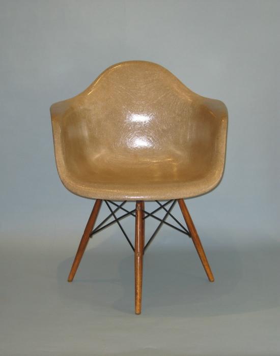 eames chair daw dowel leg base. Black Bedroom Furniture Sets. Home Design Ideas